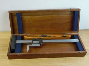 Brown And Sharpe No 586 Vernier Height Gage 14 With Wooden Case