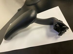 Herman Miller Aeron Adjustable Arm Rests With Pads Right Side Only Graphite