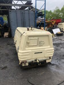 2005 Ingersool Rand 185 Air Compressor Runs Excllant Low Hours