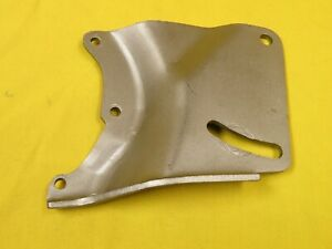 68 69 Mustang 200 6 Cylinder Power Steering Pump Bracket