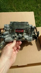 Carburetor thunder Series Avs Edelbrock 1812