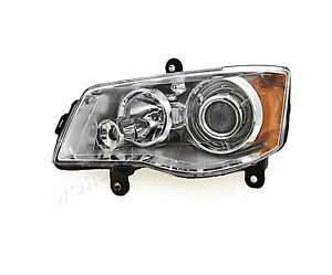 Headlight Front Lamp Left Fits Chrysler Voyager Town Country Usa Type 2008