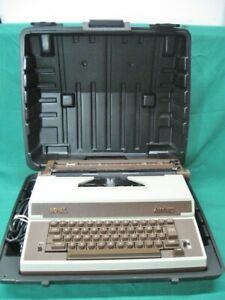 Vintage Royal Academy Electric Business Typewriter Hardcase Works Perfect Mint
