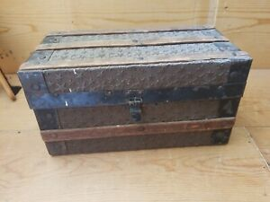 Antique Small Flat Top Steamer Trunk Storage Chest