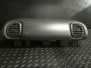 2001 Dodge Ram 1500 Passenger Dash A b With Cover And Vents