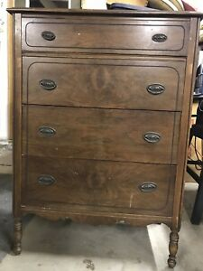Antique Huntley Simmons Furniture Dresser Chest Of Drawers 32 W X 18 D X 45 H