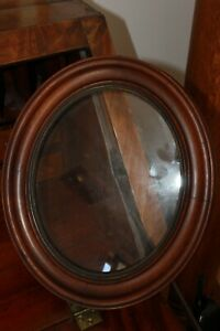 Antique Oval Walnut Wooden Victorian Picture Frame 15 1 2 X 12 1 4