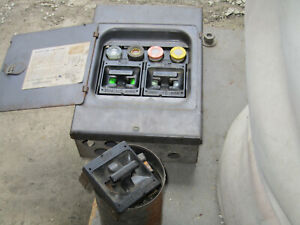220v Square D Electrical Sub Panel Circuit Breaker 33582 ps Series A1