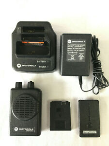Motorola Minitor V 151 158 9 Mhz Fire Ems Pager With Battery Charger