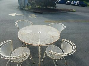 Wrought Iron Vintage Mesh Patio Set 4 Chairs And Round Table Mcm