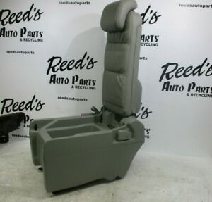 2005 2010 Honda Odyssey Rear Middle Center Jump Seat Gray Leather no Cushion