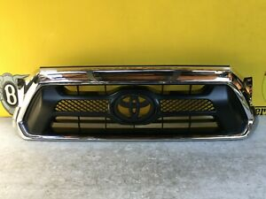 2013 2014 2015 Toyota Tacoma Front Grille Oem