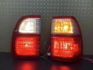 1998 2007 Lexus Lx470 Passenger Taillights Brake Lamps Tailgate And Rear Pair