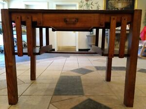 Mission Oak Desk With Single Drawer In Good Condition