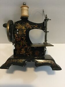 Antique Toy Sewing Machine Fw Muller Model 7