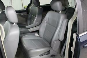 2009 10 11 12 13 14 Volkswagen Routan Vw Pair Of Gray Leather 2nd Row Seats