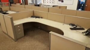 175 Used Steelcase Answer 42 h 5x5 Call Center Cubicles W 54 h Supervisor Cubes