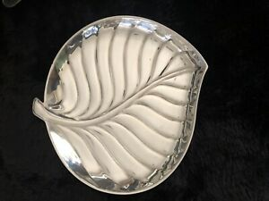 International Silver Co 8198 Silverplate Leaf Serving Dish 8 1 2 X 8 1 4