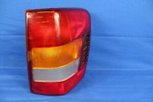 1999 Jeep Grand Cherokee Laredo Right Side Tail Light