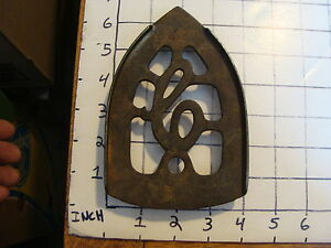 Original Vintage Cast Iron Trivet 1800 S Or Early 1900 S 14