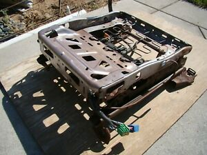 05 09 Ford Mustang Driver Left Side Power Seat Track