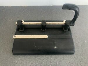 Vintage Master Products 3 Hole Punch Heavy Duty Adjustable Model 1325 1 4 Inch