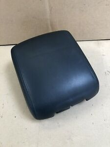 2001 2006 Mitsubishi Montero Limited Sliding Center Console Lid Armrest Black