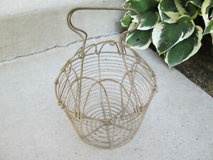 Vtg Old Primitive Wire Egg Basket Collapsing Handles Stands On Own Large