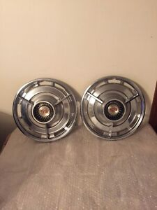 Two Vintage 1963 Chevrolet Impala Chevelle Chevy Ii Ss Spinner 14 Hubcaps