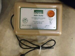 Vintage Wards Electric Fence Charger 2600 Volts Model No 89 22766a