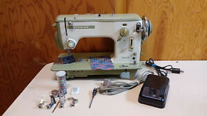 Bernina 540 Favorit Sewing Machine Heavy Duty Leather Upholstery Serviced Read