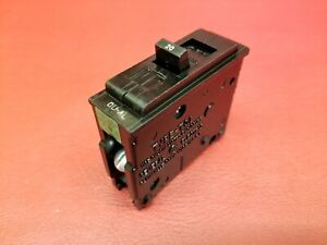 20 Amp Ge General Electric Type Tql 1 Pole Circuit Breaker Same As Trumbull 20a