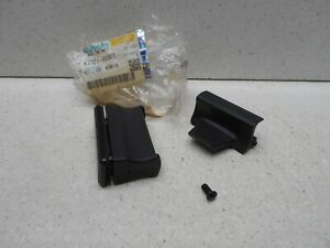 Kubota Dozer Excavator Tractor Front Window Lock Upper Lower K7721 95003 G1 3