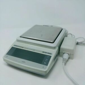 Mettler Toledo Digital Scale Pg5002 s Delta Range With Power Supply To 5100g