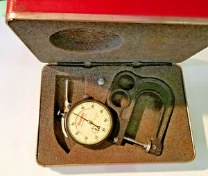 Starrett 1015 B 441 Portable Dial Thickness Gage 001 To 1 Range With Case