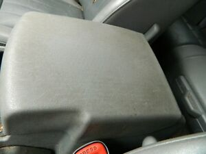 2005 2010 Jeep Grand Cherokee Center Console Arm Rest Armrest Lid Cover Gray Oem