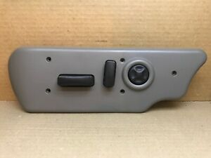 03 06 Silverado Driver Left Side Seat Switch Assembly Bezel Pewter 88941678