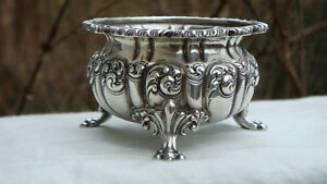 Antique New York Ny Howard Co Sterling Silver Repousse Open Master Salt Cellar