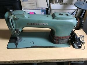 Consew Model 220 Sewing Machine