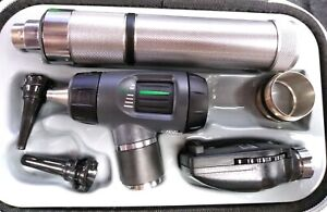 Welch Allyn Otoscope Ophthalmoscope 97200 Mc Pre owned Ships Fast