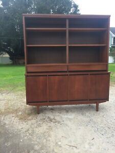 Mid Century Paul Browning Teak China Cabinet Breakfront 2 Sliding Glass Doors