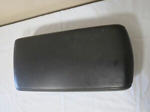 2008 2009 2010 Dodge Charger Center Console Arm Rest Assembly Black Color Oem
