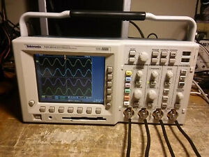 Tektronix Tds3054 500mhz 4 Channel Oscilloscope Dso Tds3trg Tds3fft New Ps