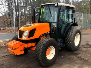 2009 New Holland T4020 4x4 Cab Tractor Enclosed Heat Three Point Hitch