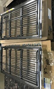 1983 Oldsmobile Delta 88 Pair Grilles New Gm Nos Old Stock 22516240 22516241