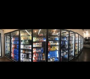 Brand New Walk In Cooler 14 W X 18 L X 8 Itall With 6 Glass Reach In Doors