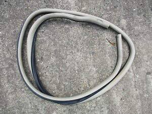 2005 Chevy Malibu Maxx Lt Right Rear Door Seal Weather Strip Neutral Oem Factory