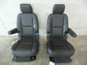 07 14 Escalade Rear Seats Second Row Captain Chairs 460525