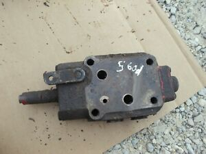 Farmall 460 560 Row Crop Tractor Ih Working Hydraulic Control Valve Ihc 560