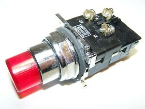 New Cutler Hammer 10250t471 Illuminated Push Button Switch Red Cap New l113